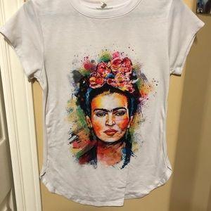 Tops - Frida kahlo shirt